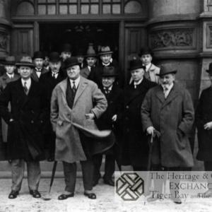 Photo of dignitaries at Dock Office